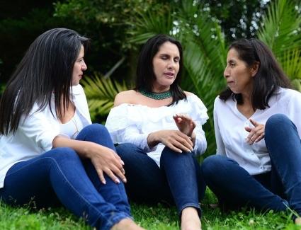 women-4027275_960_720